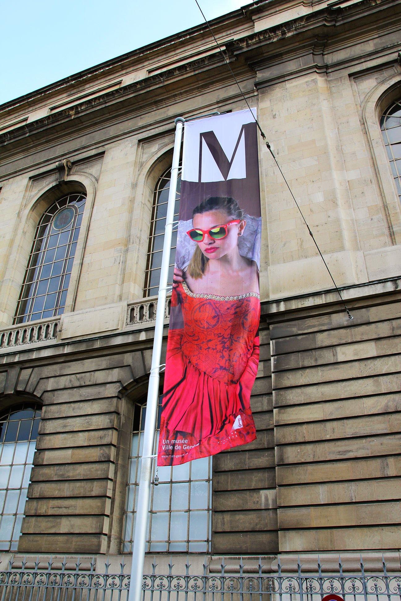 Fabien_cuffel_Musee-art-et-histoire-geneve_campagne-institutionnelle-drapeaux_emilie