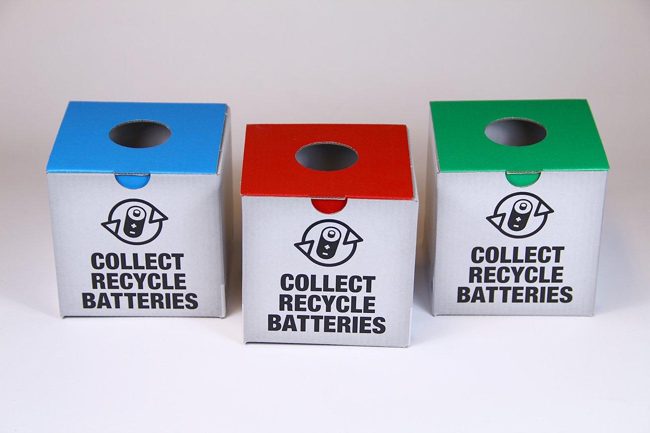 graphiste: création des affiches publicitaires sur le recyclage des piles