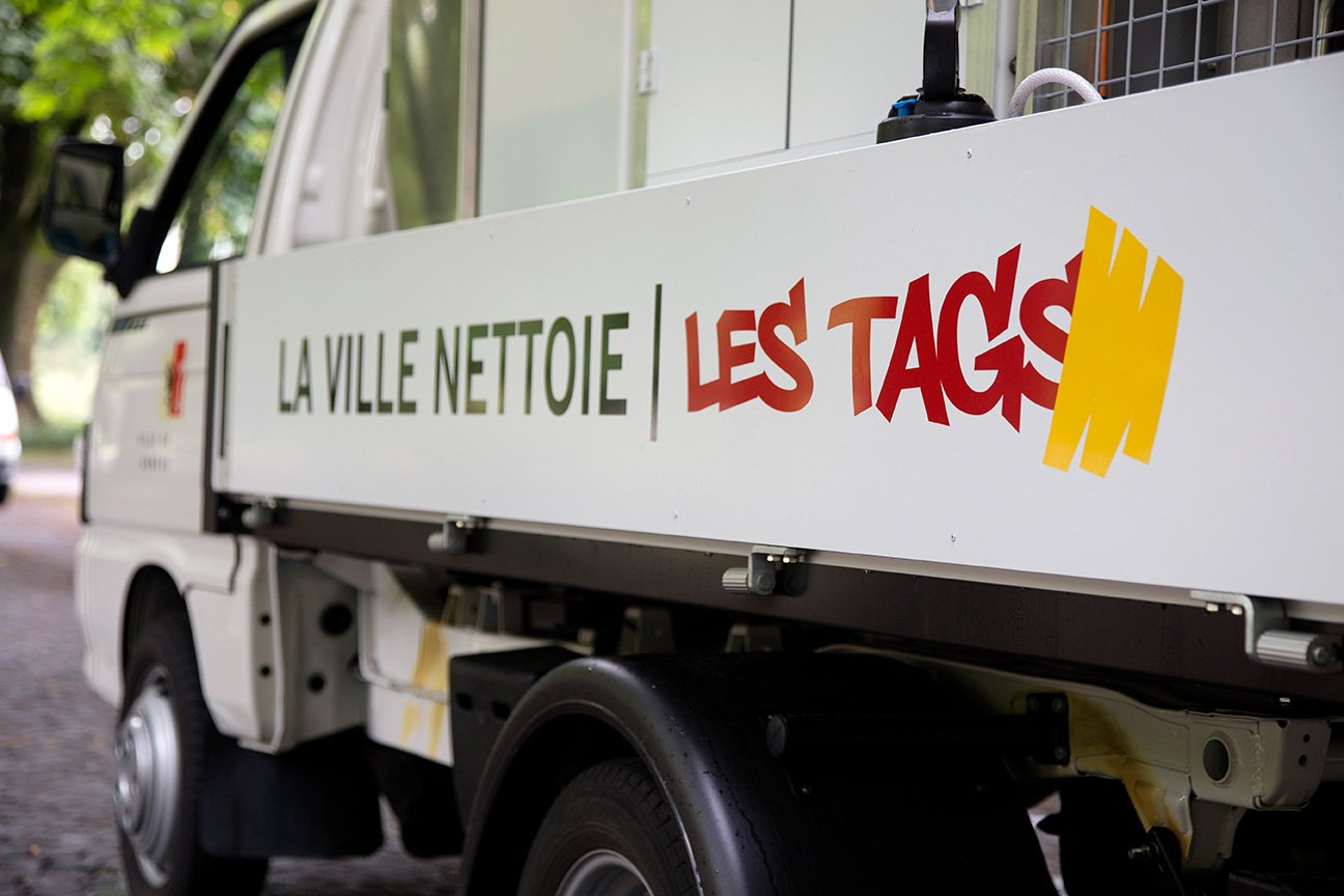 Fabiencuffel_campagne_ville_geneve_anti-tag_camion